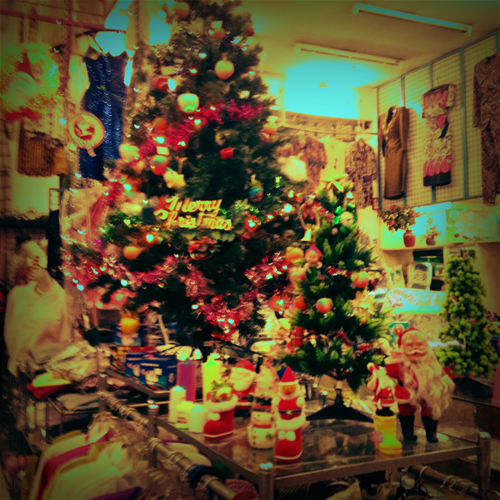 mad-shop-christmas-1
