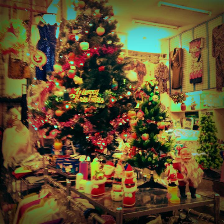 mad-shop-christmas-1