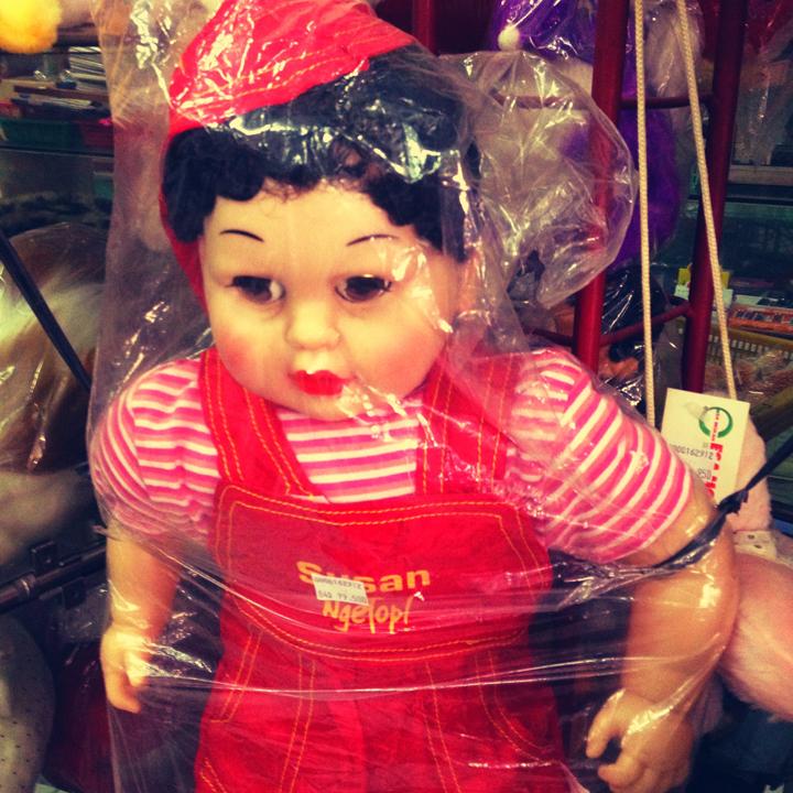 scary-dolly
