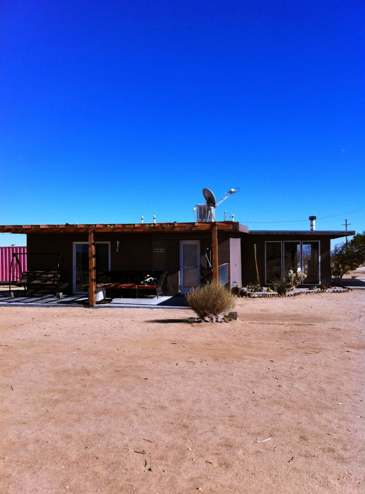 cloudless-sky-and-cabin