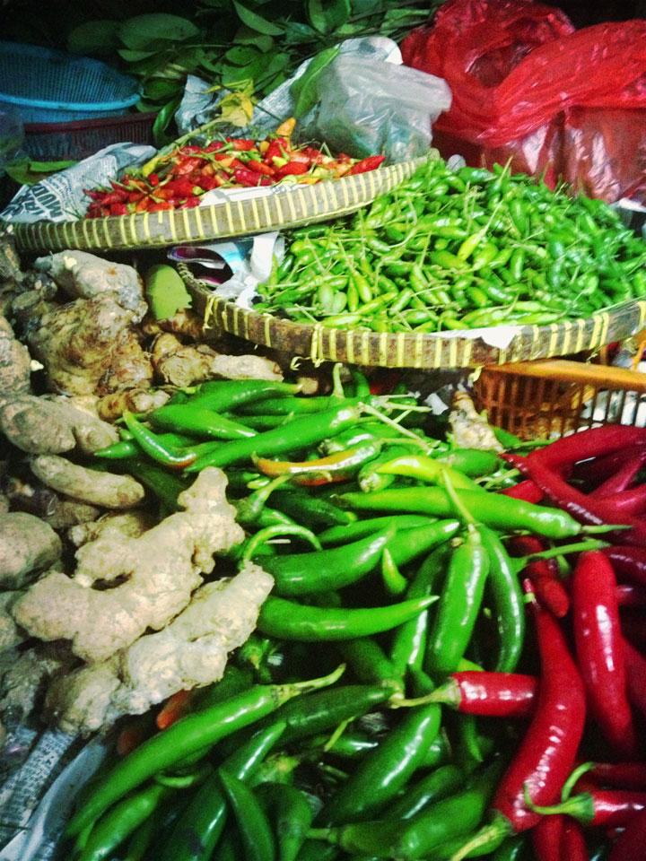 Hot-stuff.-Pasar-Tebet,-Jakarta