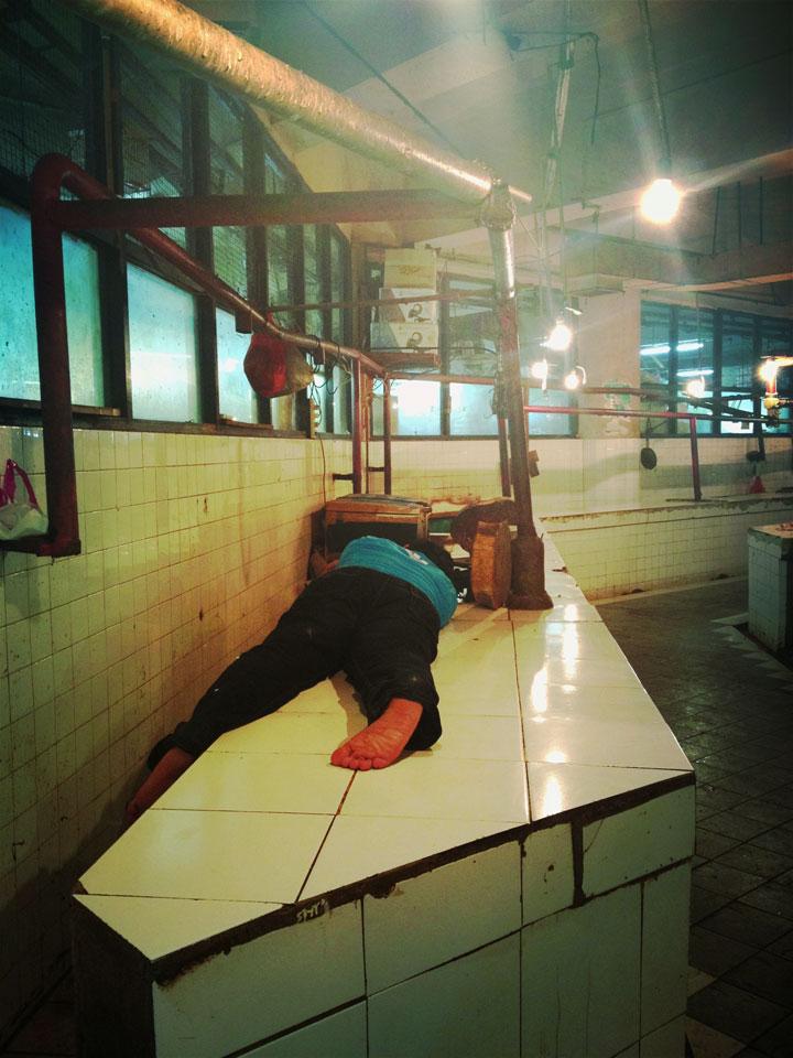 Jakarta Pasar Tebet, sleeping butcher