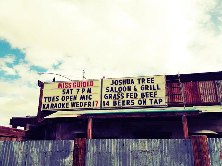 Joshua-Tree-saloon-karaoke