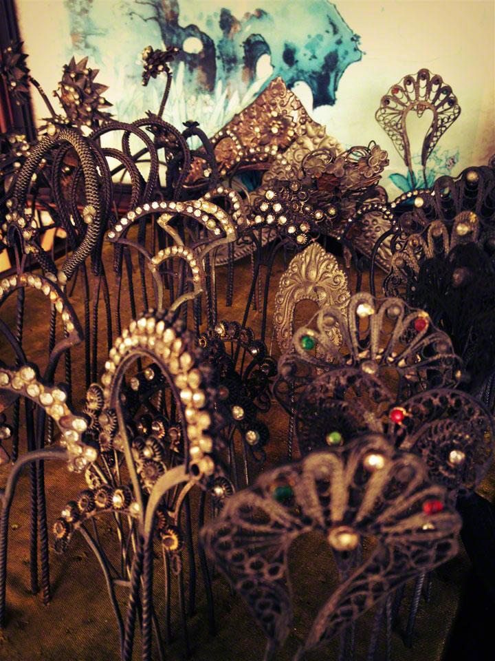 antique-jakarta-jalan-surabaya-pasar-hairpins