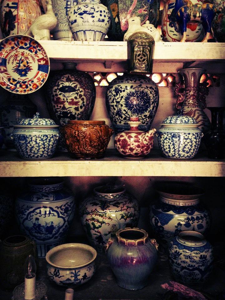 antiques-jakarta-jalan-surabaya-porcelain-bowls