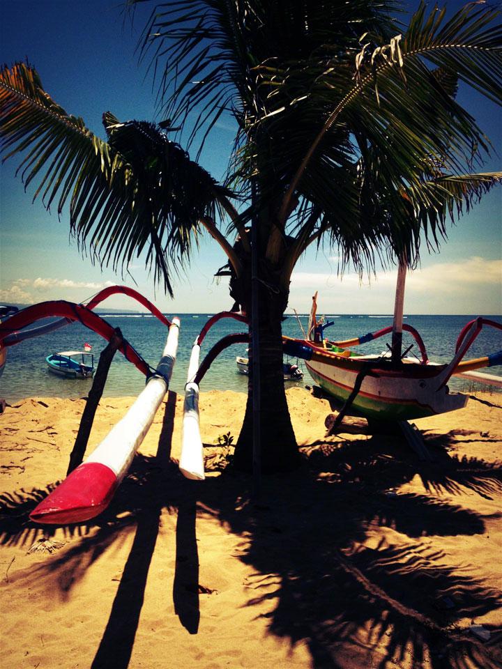 bali-sanur-beach-matarsari