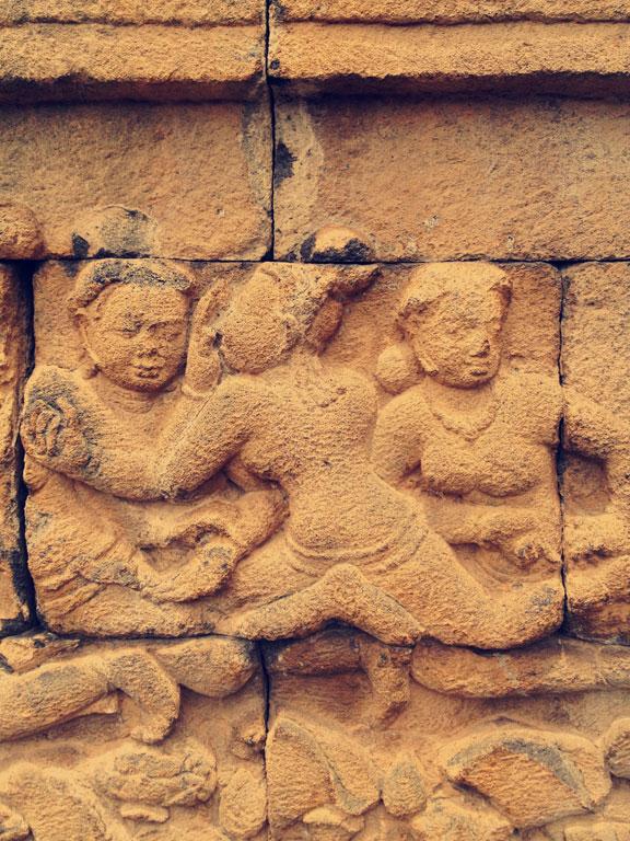borobudur-stone-relief4