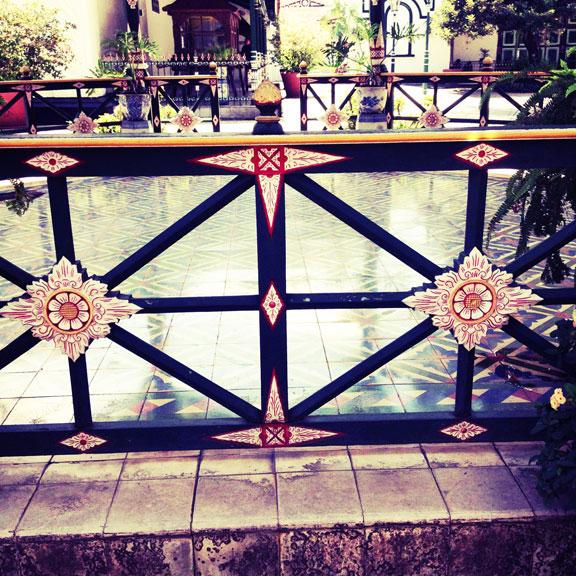 jogja-kraton-bandstand-detail