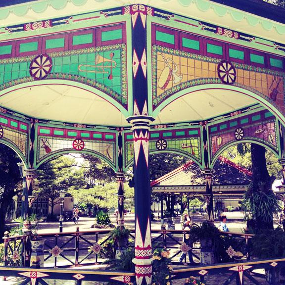 jogja-kraton-bandstandb