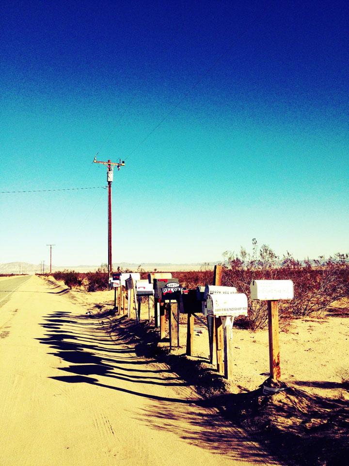 joshua-tree-sunset-road-mailboxes-shadow