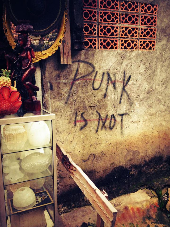 punk-is-not-jalan-surabaya