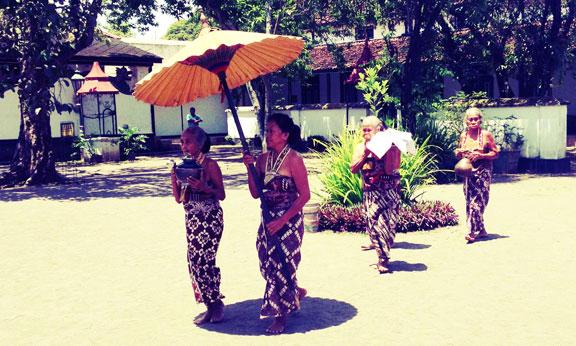 yogyakarta-kraton-ceremony