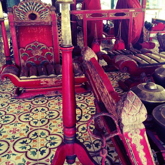 yogyakarta-kraton-gamelan