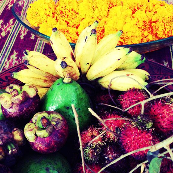 bali-breakfast-marigolds