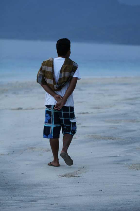 gili-trawangan-beach-walker
