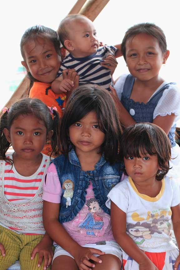 jimbaran-bali-children