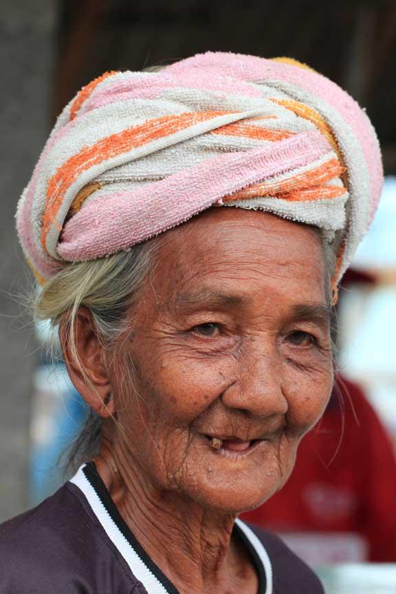 jimbaran-bali-fish-market-old-ibu