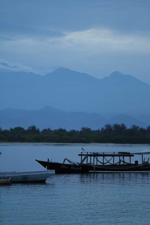 lombok-gili-trawangan-blue-water