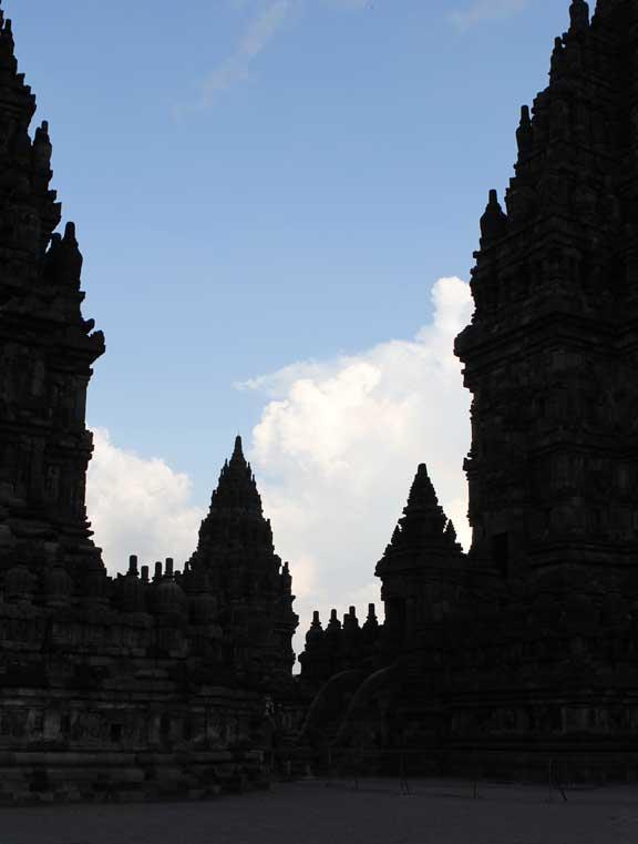 prambanan-temple-jogja-silhouette-two