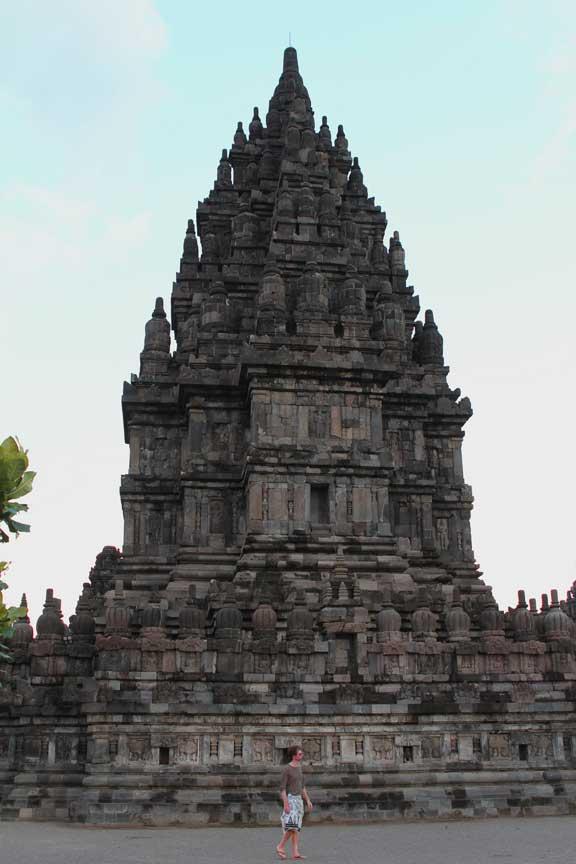 stew-prambanan-temple-jogja