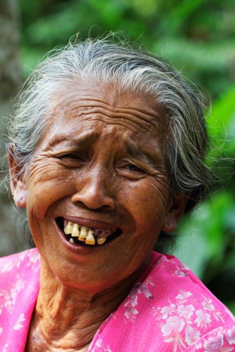 laughing-bali-kampung
