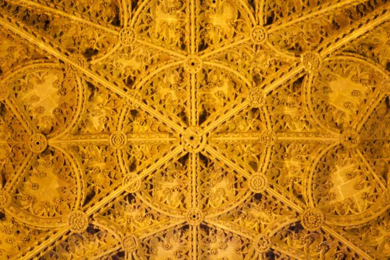 ceiling-detail-seville-cathedral