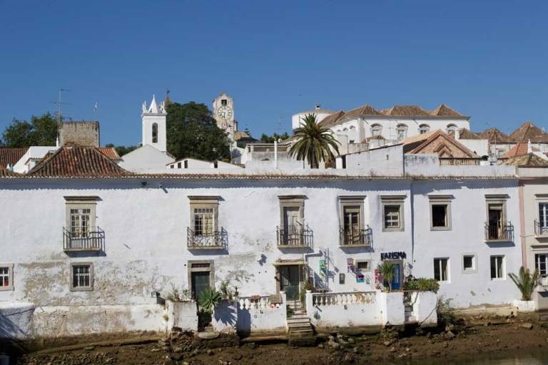 tavira-algarve-riverside-houses