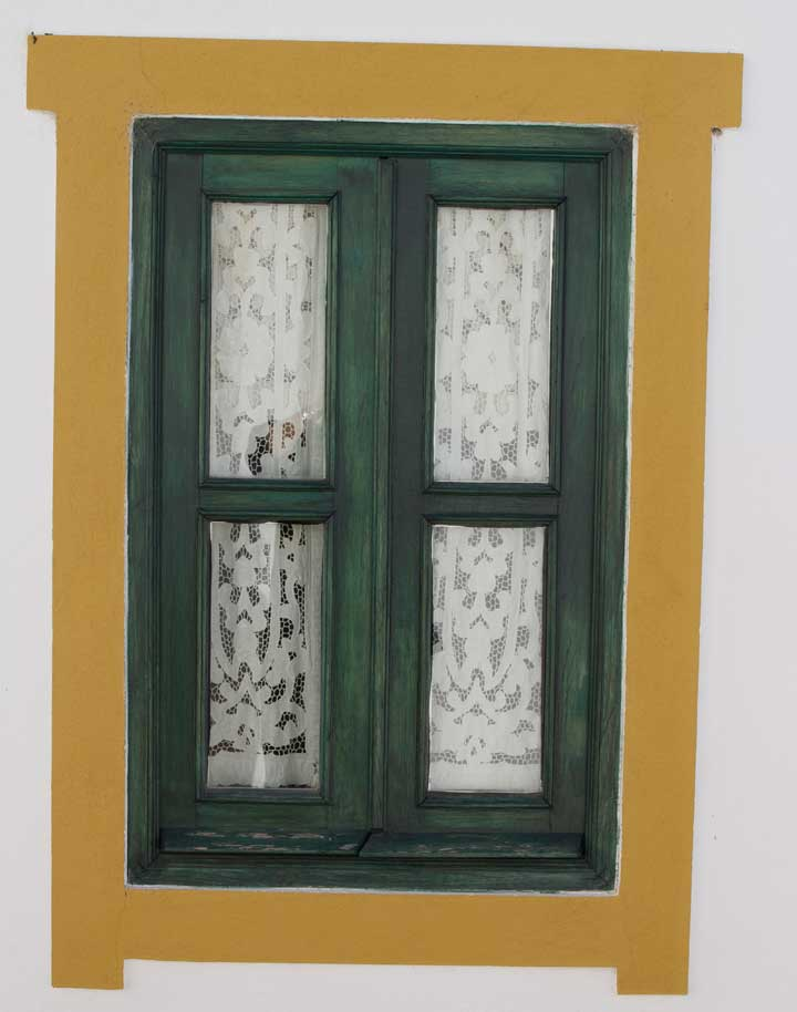 tavira-algarve-window-yellow