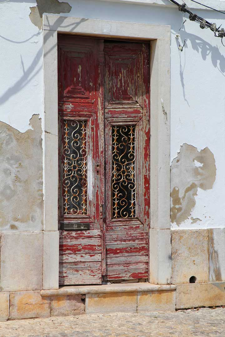 tavira-old-doorway-algarve