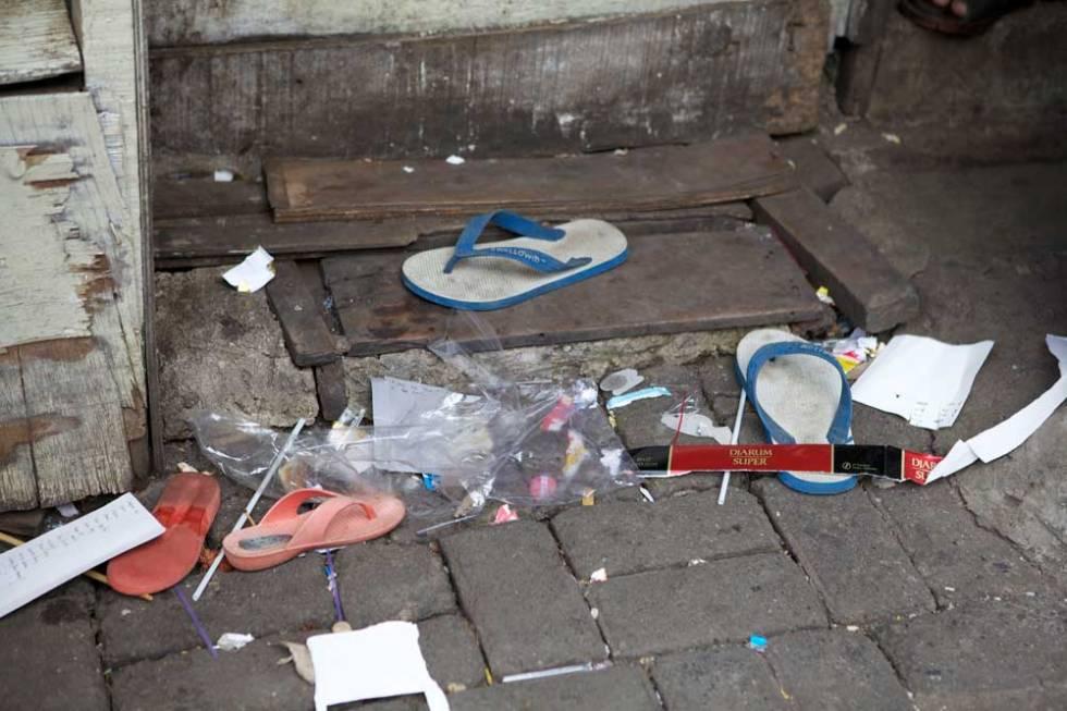 Rubbish everywhere!