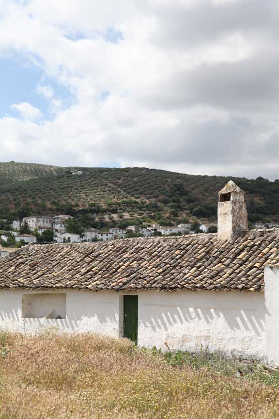 cortijo-with-village-behind