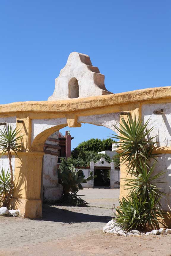 entrance-way---fort-bravo---lottie-nevin