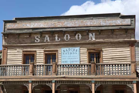 sadies-saloon---fort-bravo---lottie-nevin