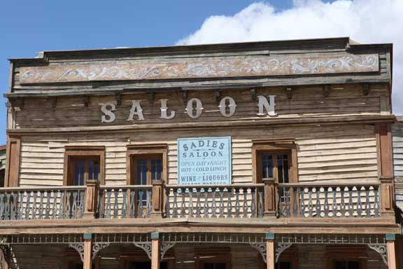 sadies-saloon---fort-bravo---lottie-nevin