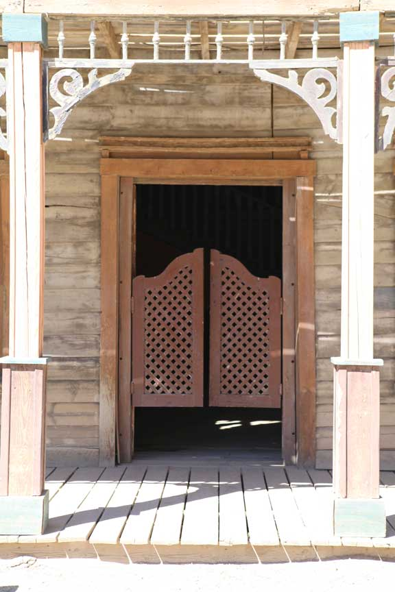saloon-door---fort-bravo--lottie-nevin