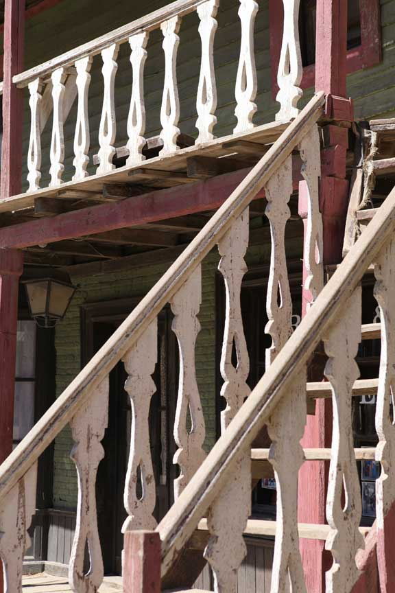 stairs-and-balcony---fort-bravo---lottie-nevin