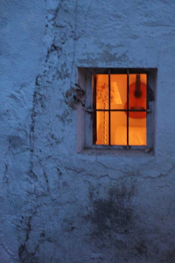 looking-inside-at-dusk
