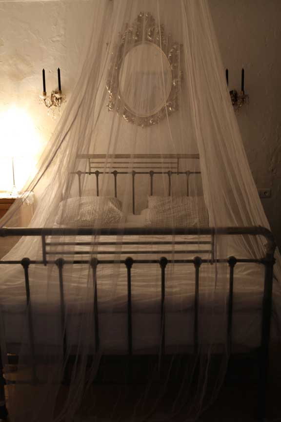 spare-bedroom