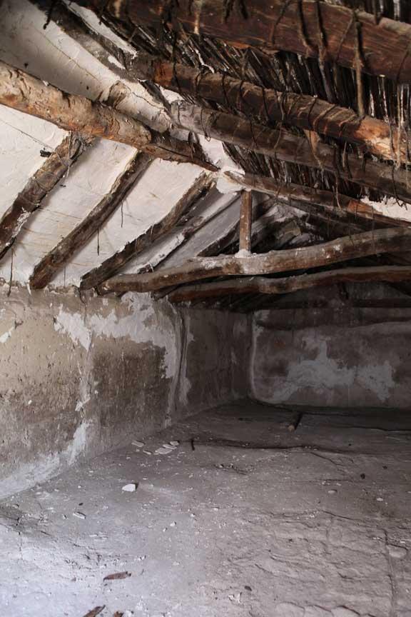 attic-bedroom-